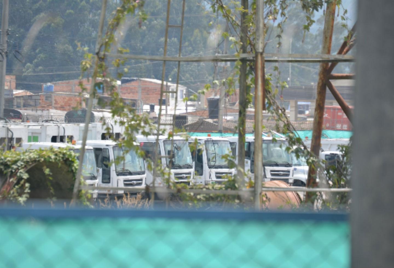 Carro compactadores de Aguas de Bogotá