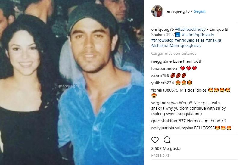 Shakira junto a Enrique Iglesias