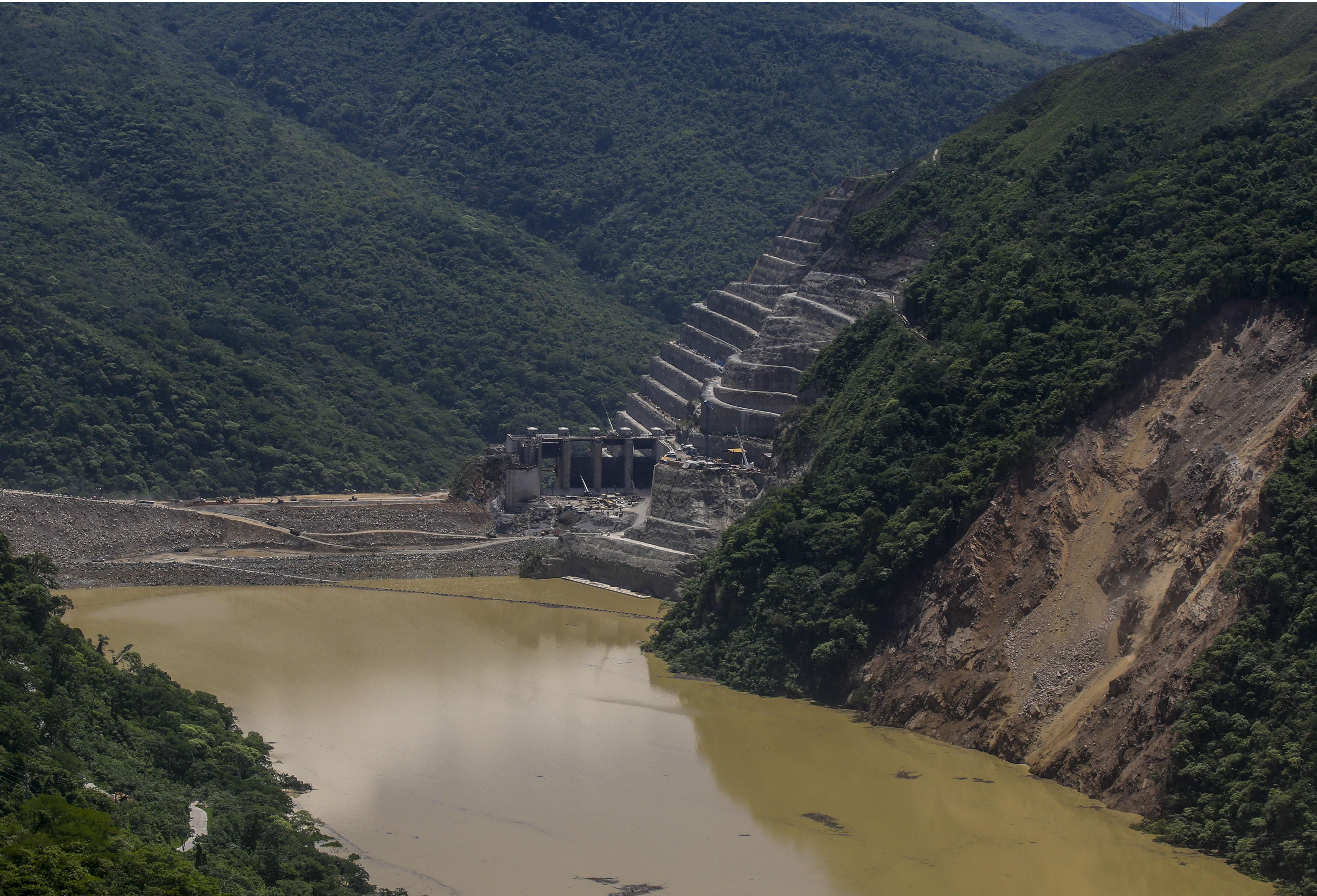 Reanudan trabajos en Hidroituango tras alerta roja | RCN Radio