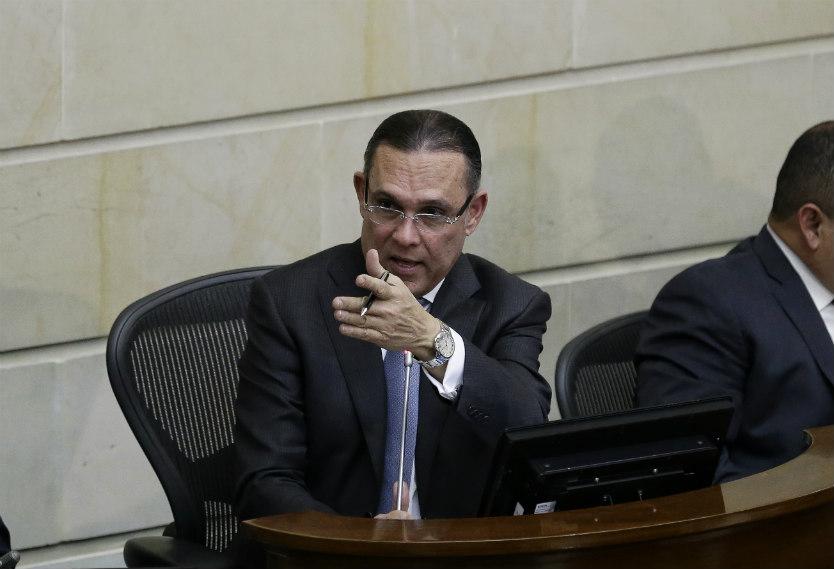 Efraín Cepeda: Esta es una reforma tributaria más social | RCN Radio