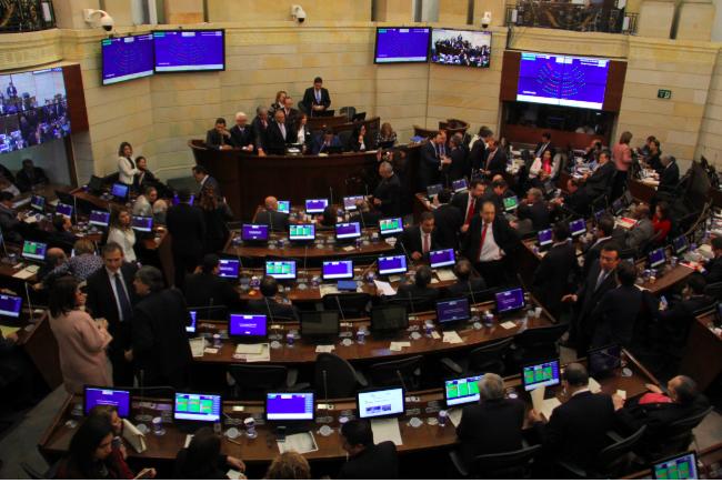Error en el Senado podría poner en riesgo la reforma tributaria | RCN Radio