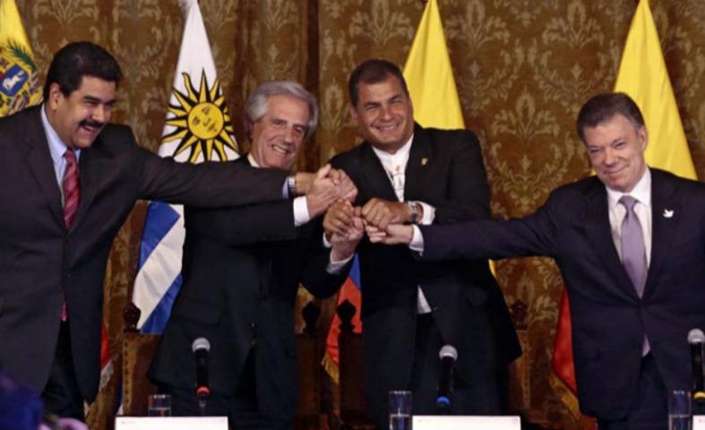 Santos con Maduro y Correa