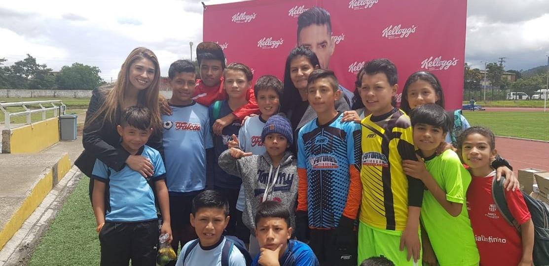 Niños beneficiados con el programa de la Fundación Falcao