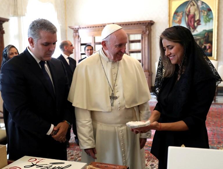 Encuentro Duque - papa Francisco