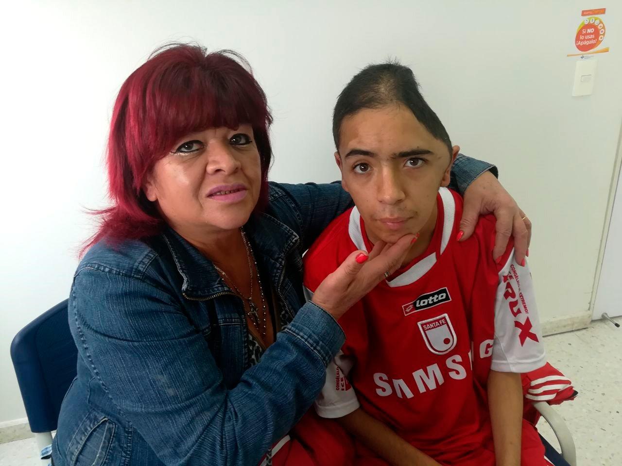 El joven Harry Estiven Rodríguez y su tía