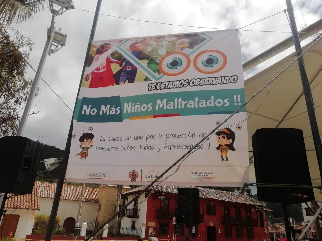 Protesta contra el maltrato infantil