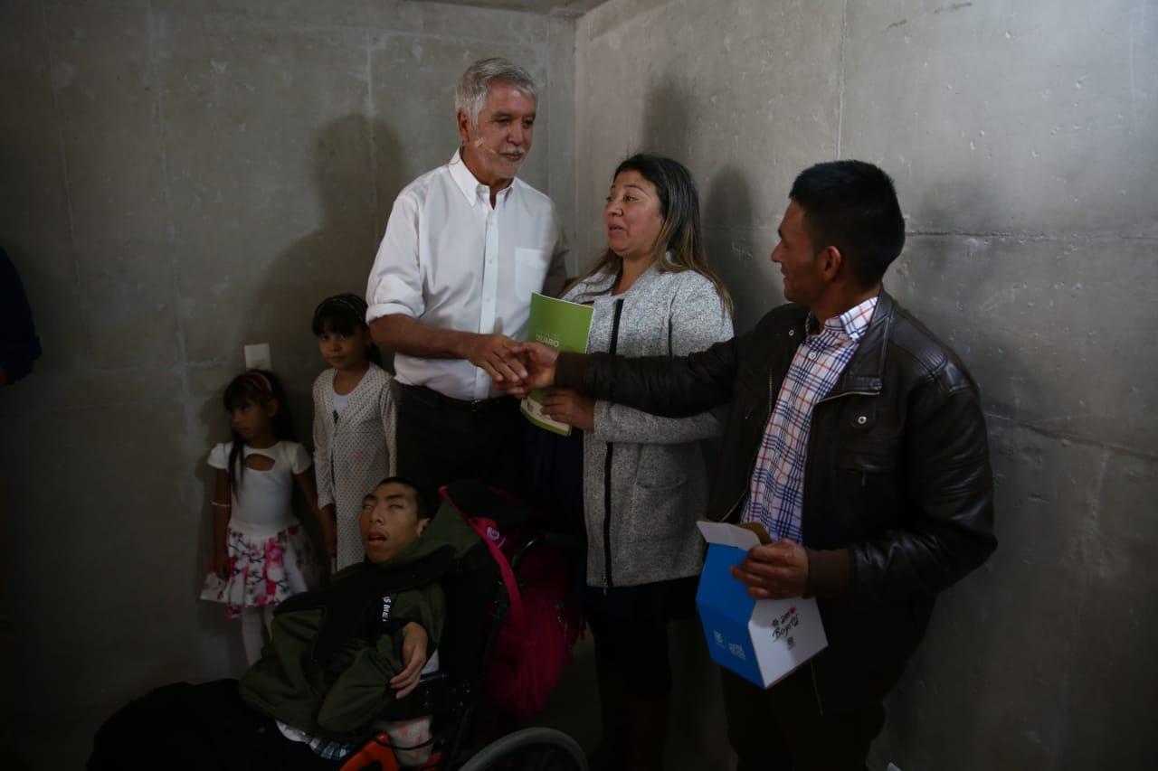 Entrega de vivienda en Bogotá