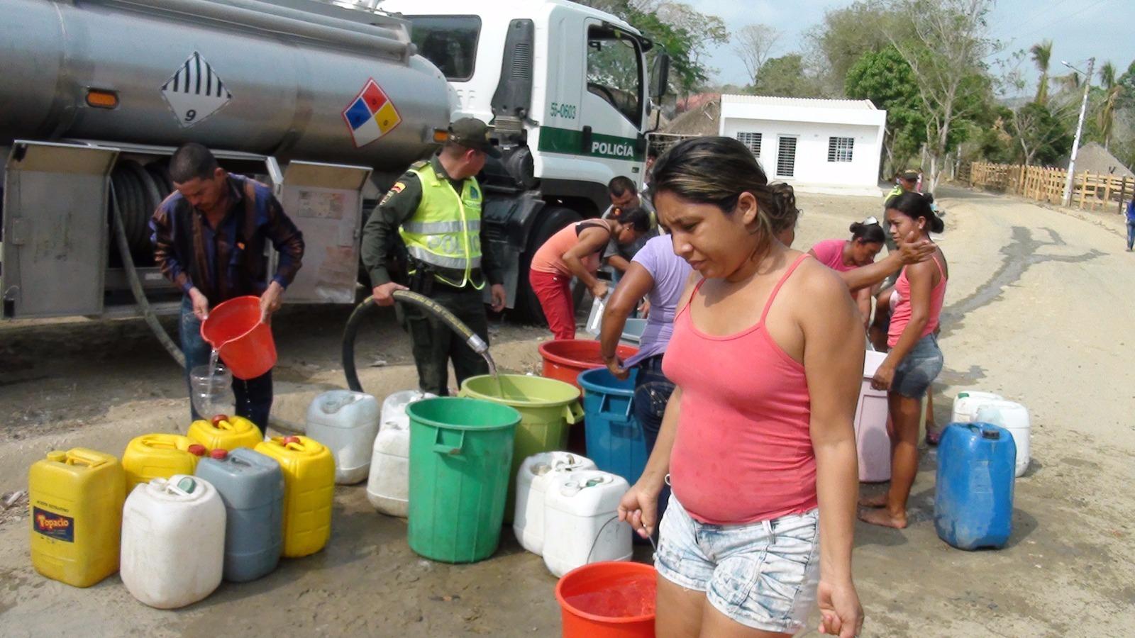 Atienden con agua el carrotantes a las comunidades rurales de Sincelejo