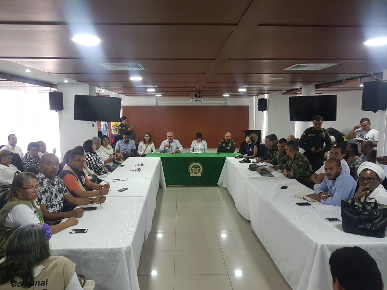 Reunión celebrada en el Comando de la Policía Metropolitana de Santa Marta