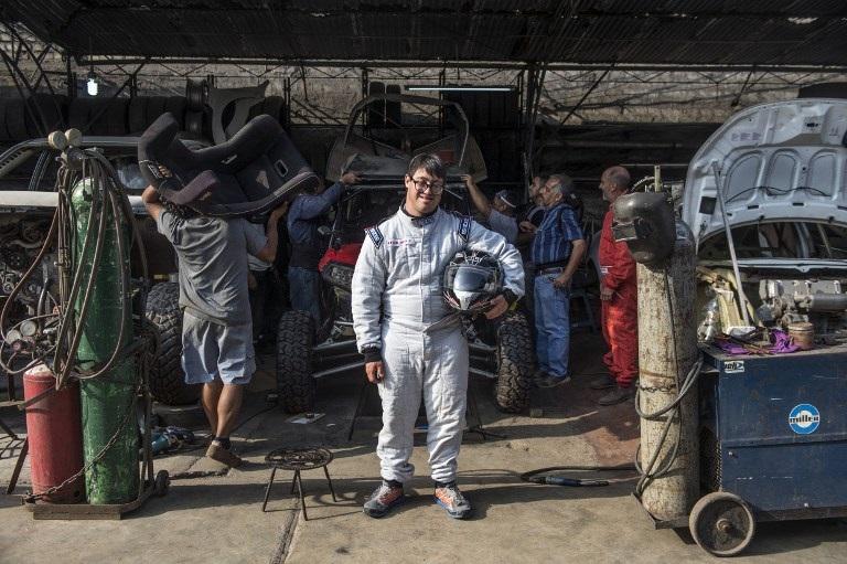 A Lucas le esperan 5.000 kilómetros de dunas principalmente, en las diez etapas del Dakar-2019.