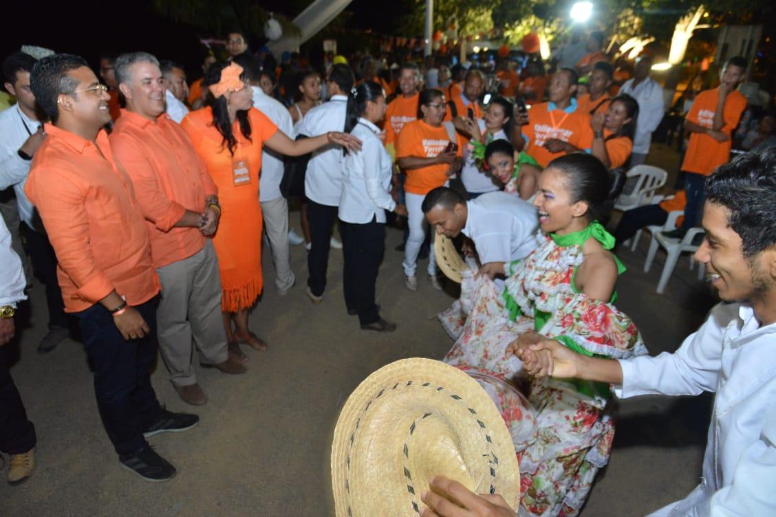 Muestras folclóricas acompañaron la visita presidencial