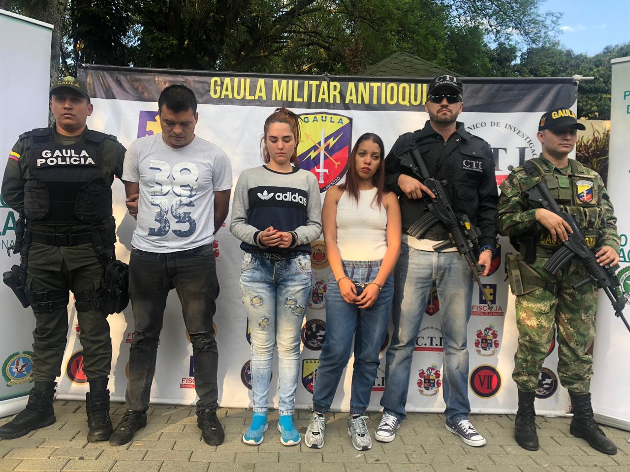 Tres de los cuatro capturados por drogar y asesinar al profesor turco. Foto: Alcaldía de Medellín