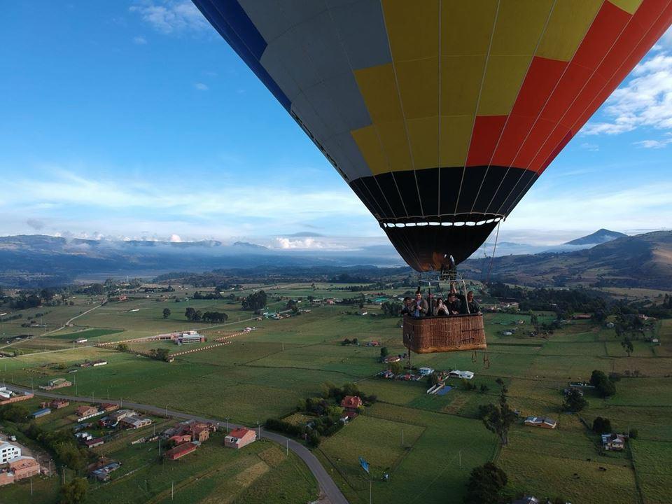 Globo aerostático en Guasca, Colombia