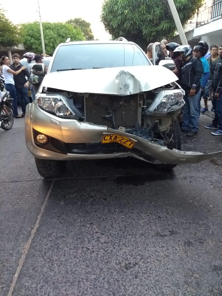 El vehículo en el que se movilizaba la cantante vallenata Ana del Castillo