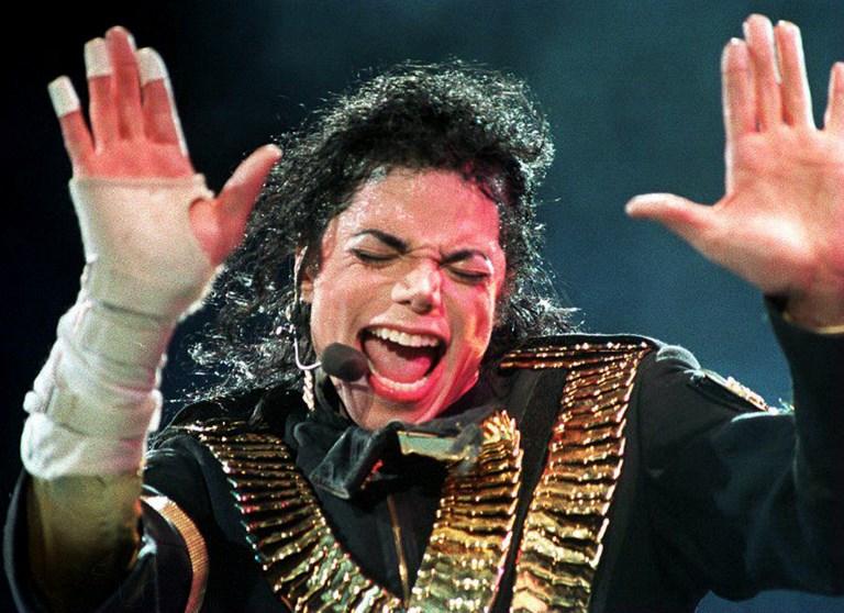 Michael Jackson en vio en Singapur, en el marco de la gira Dangerous (1993)