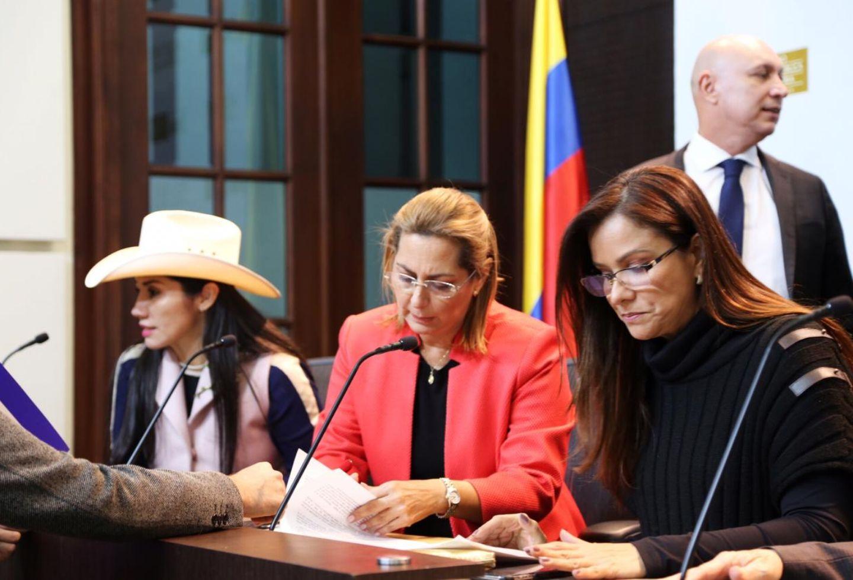 La senadora Martiza Martínez y la gobernadora del Meta, Marcela Amaya