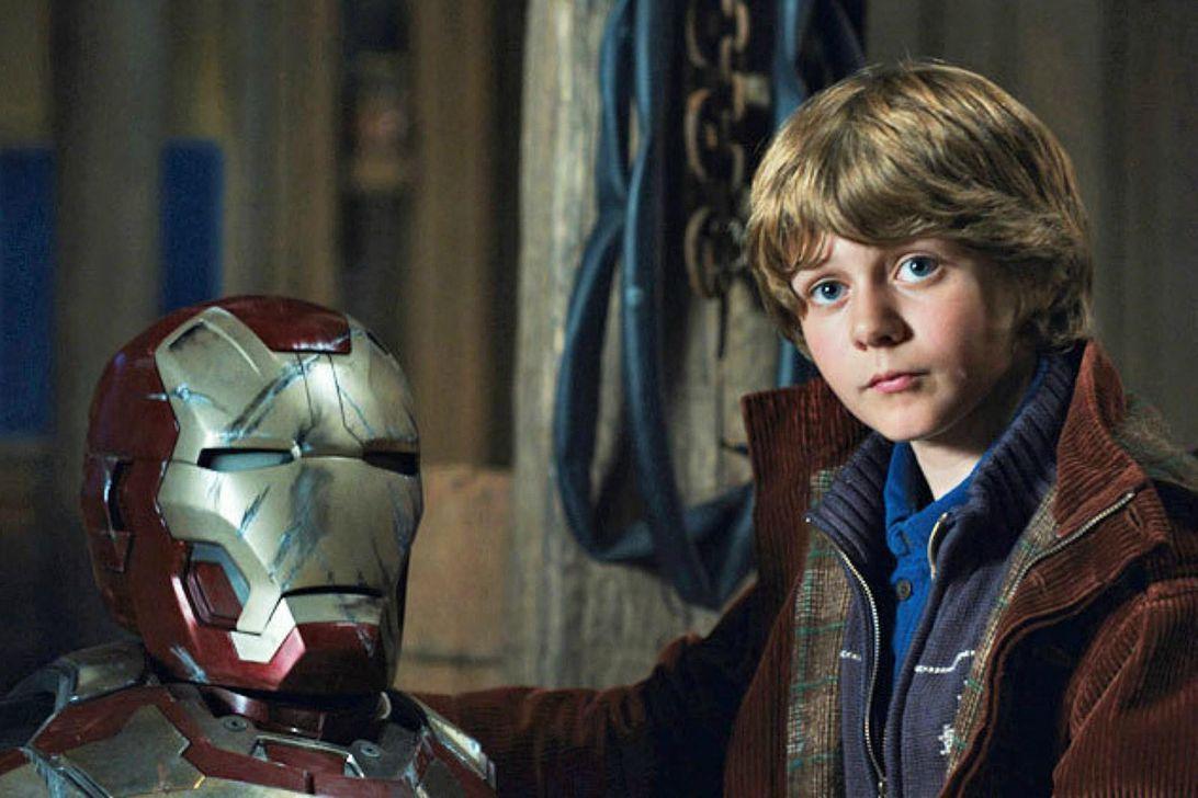 Harley Keener como Ty Simpkins en Iron Man 3