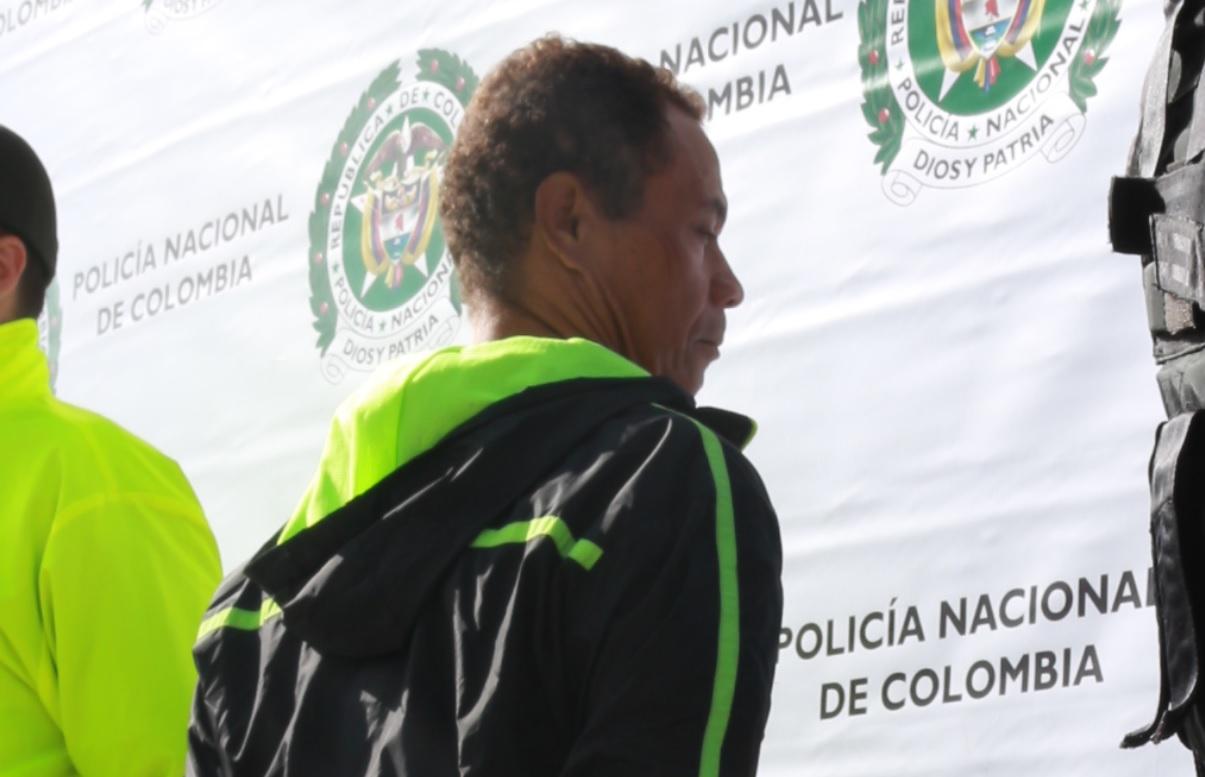 Juan Bautista Zapata Rodríguez trabajaba muy cerca a su víctima, lo que le permitía acosarla constantemente.