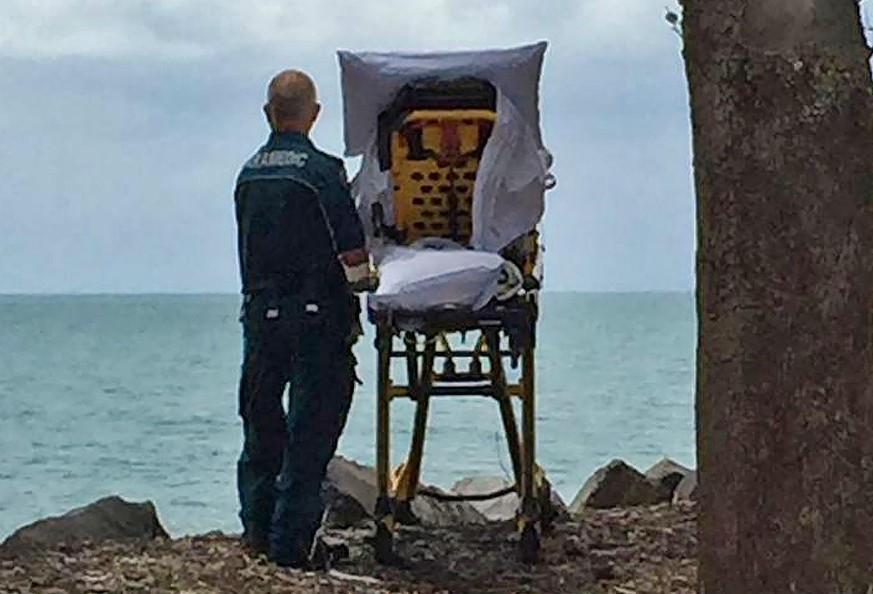 Una ambulancia del estado de Queensland se desvió de su camino para que una enferma que vivía sus últimas horas pudiera ver el mar.