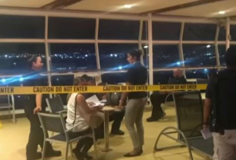 Ventanales del crucero del que cayó una bebé en Puerto Rico.