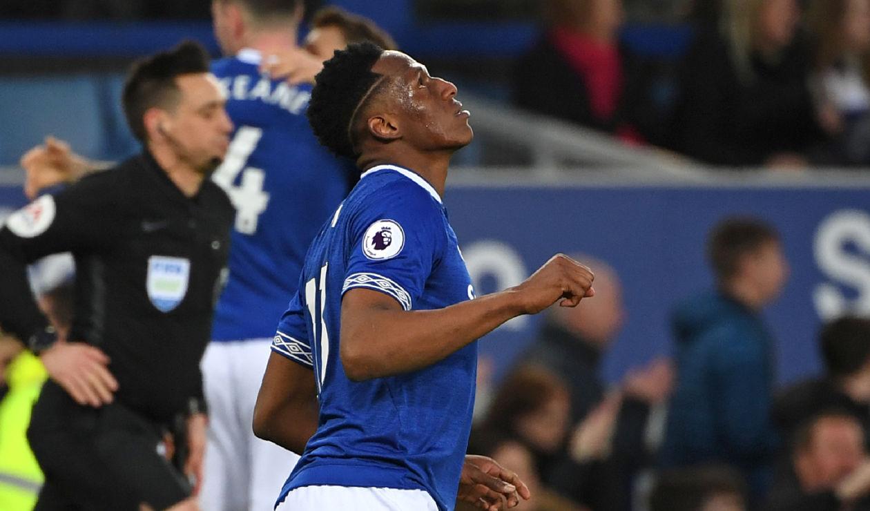 Yerry Mina, de los mejores de Everton en el triunfo sobre Burnley | RCN Radio