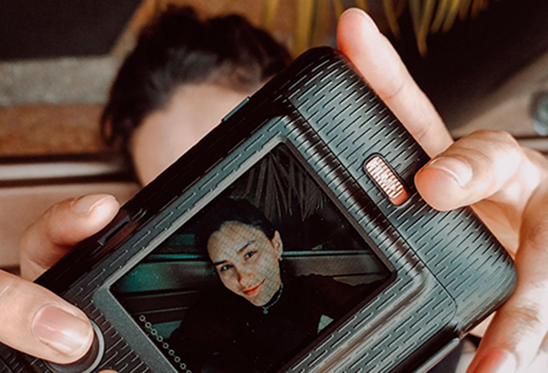 Selfie cámara instax mini LiPlay