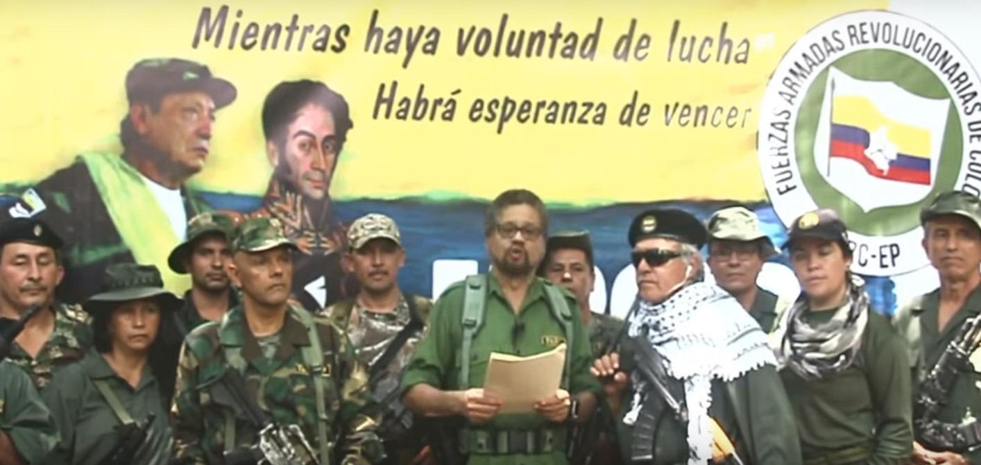 Iván Márquez en el anuncio de su regreso a las armas, junto a otros ex Farc