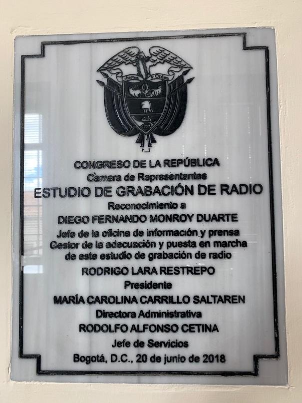 Placa 4 Oficina Prensa
