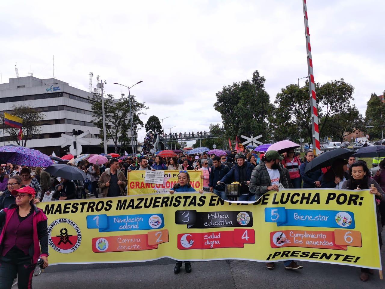 Movilización de maestros en Bogotá