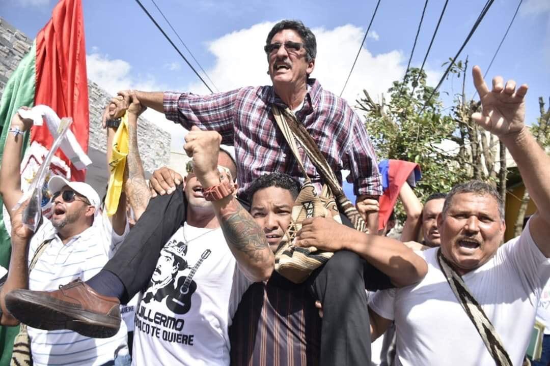 El exguerrillero que con una campaña de amor y reconciliación logró convertirse en Alcalde - RCN Radio