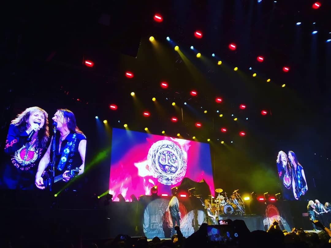 Whitesnake en vivo en el Movistar Arena de Bogotá