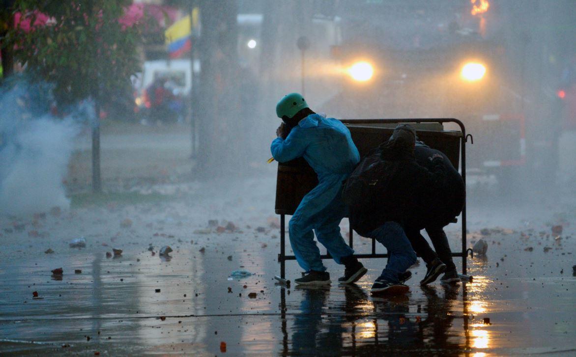 Choques entre manifestantes y la Policía, en Bogotá