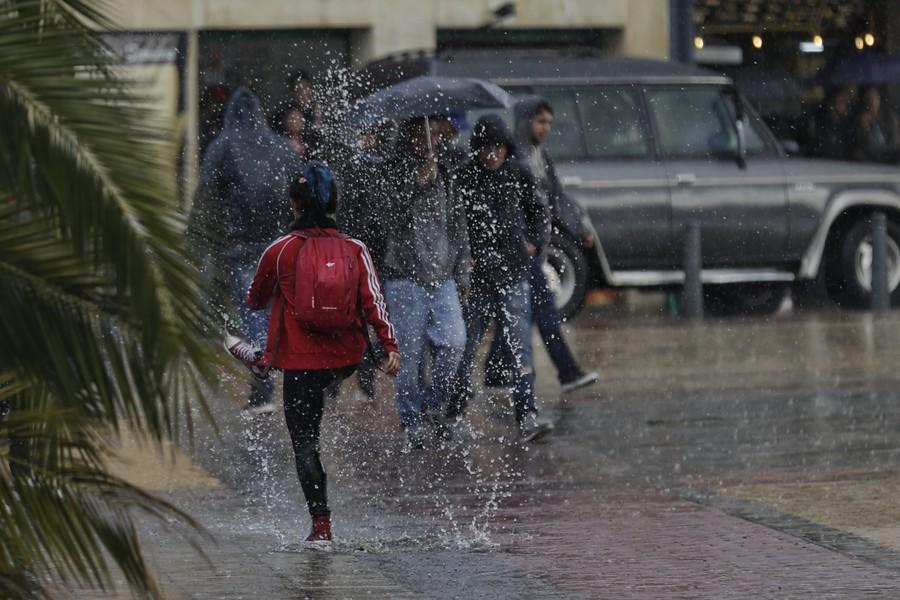 Aliste la sombrilla: este fin de semana habrá intensas lluvias en tres regiones del país