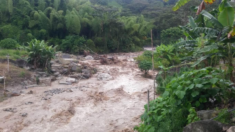 Evacuan a varias familias en Caldono (Cauca) por creciente del río - RCN Radio