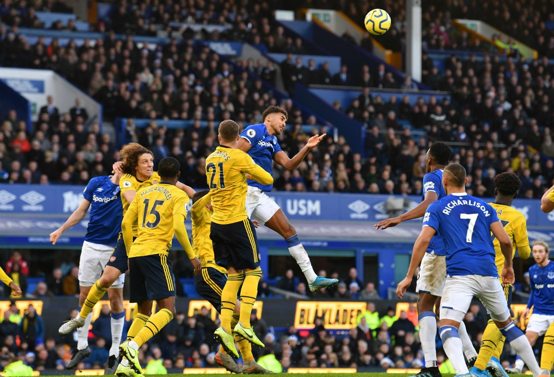 Everton y Arsenal empataron en Premier League; Yerry Mina fue titular | RCN Radio