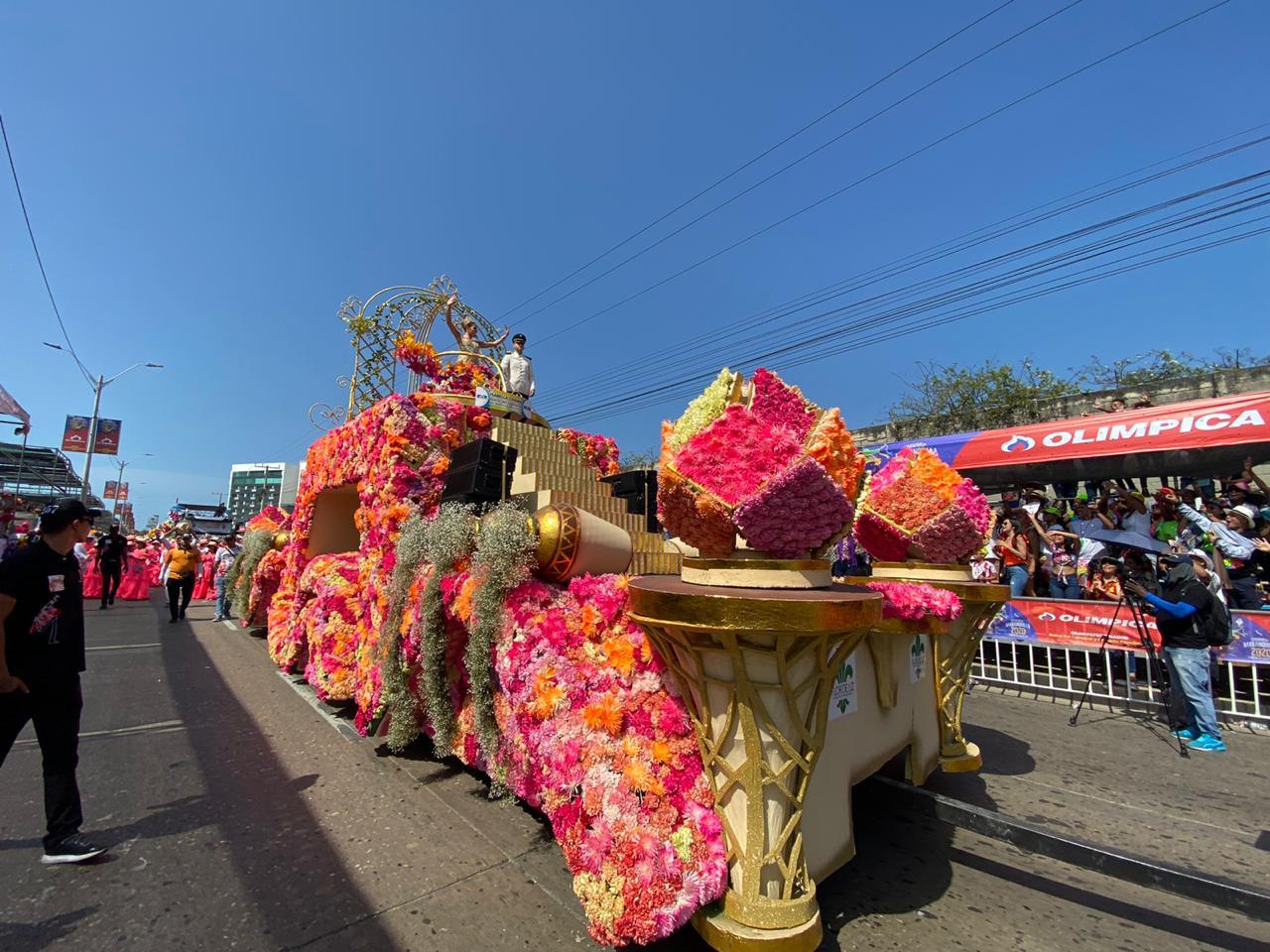 Reina del Carnaval Carroza Sábado