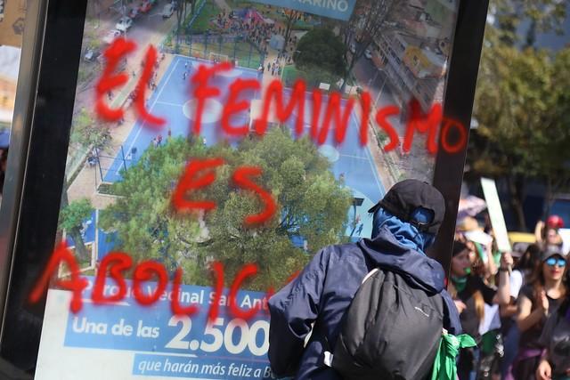 Día de la Mujer: Siete estaciones y 17 buses fueron vandalizados | RCN Radio