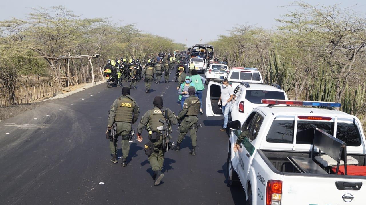 Intervención de las autoridades en las vías de La Guajira