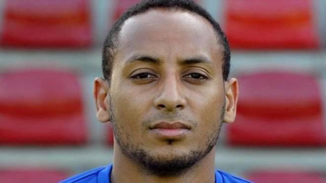 Única imagen de Hiannick Kamba en Schalke 04