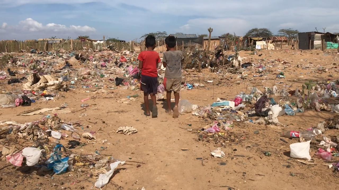 Habitantes de la Alta Guajira esperan respuestas.