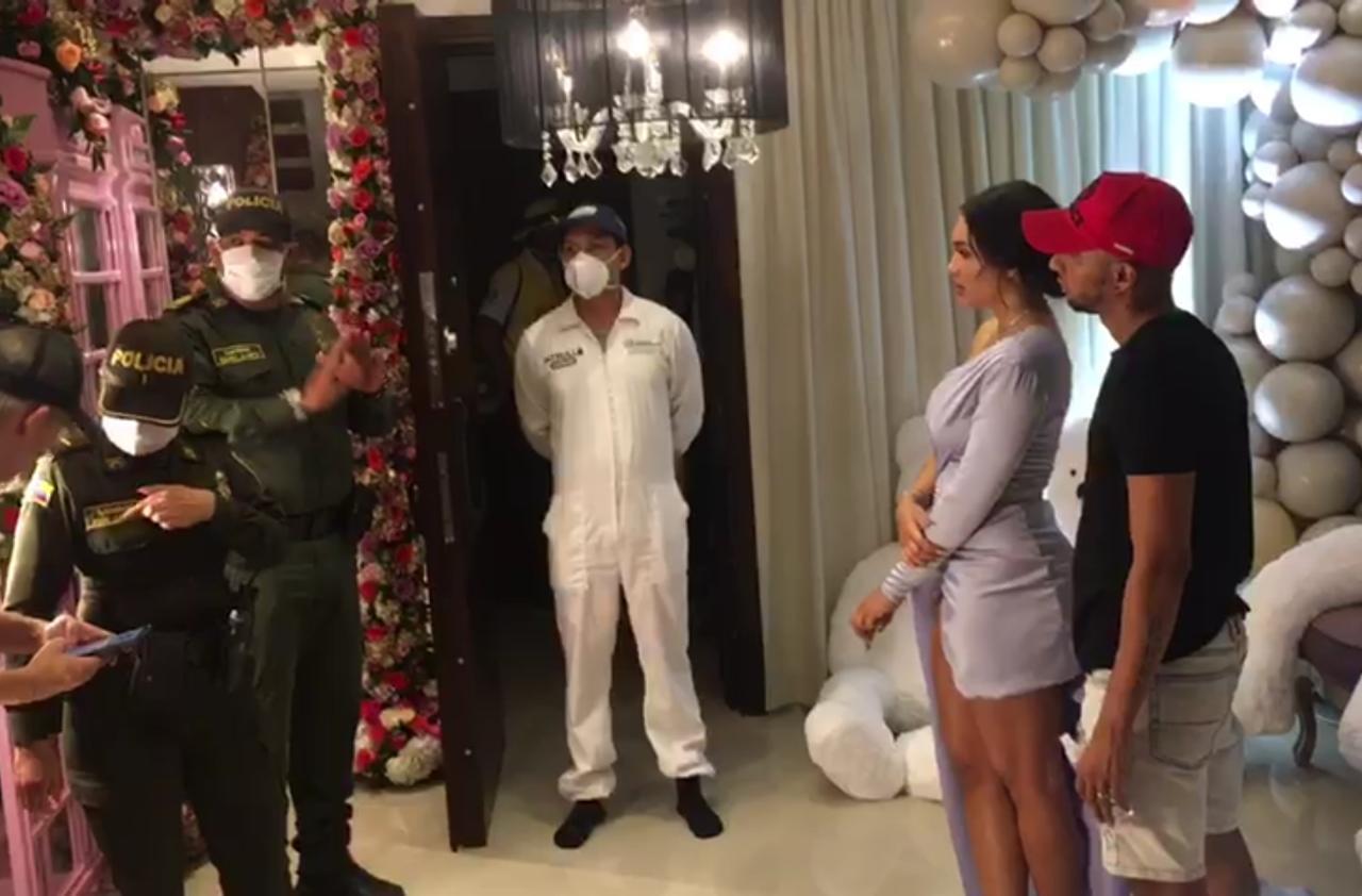 Los uniformados llegaron hasta su casa.