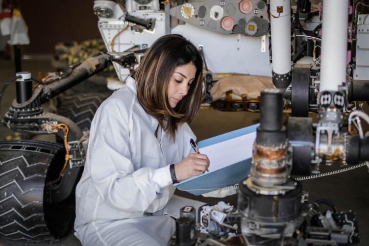Diana Trujillo, de Cali a Marte: colombiana que triunfa en la NASA | RCN  Radio
