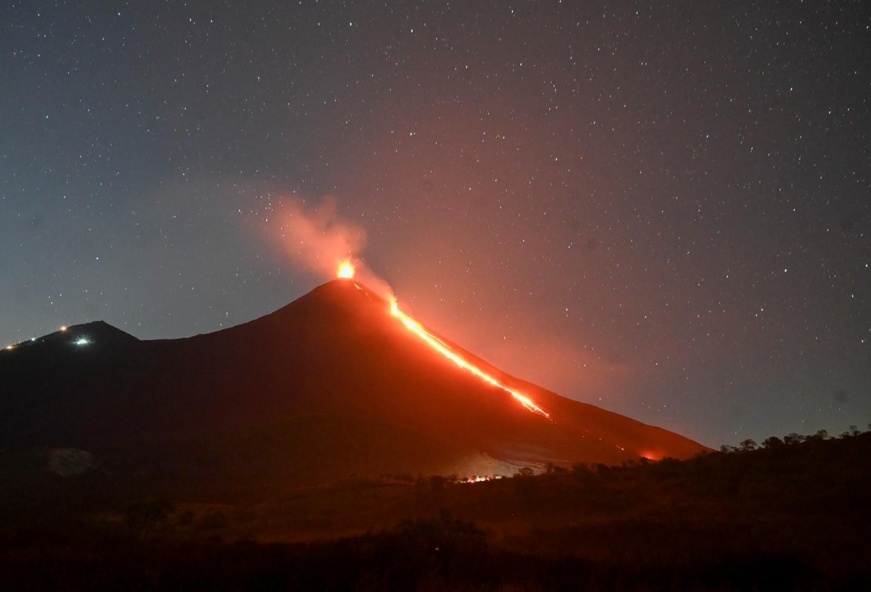 Volcán de Pacaya genera alarma en Guatemala