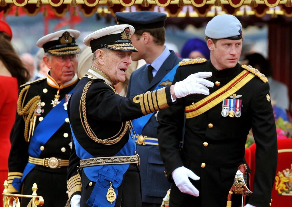 Príncipes Carlos, Felipe y Harry