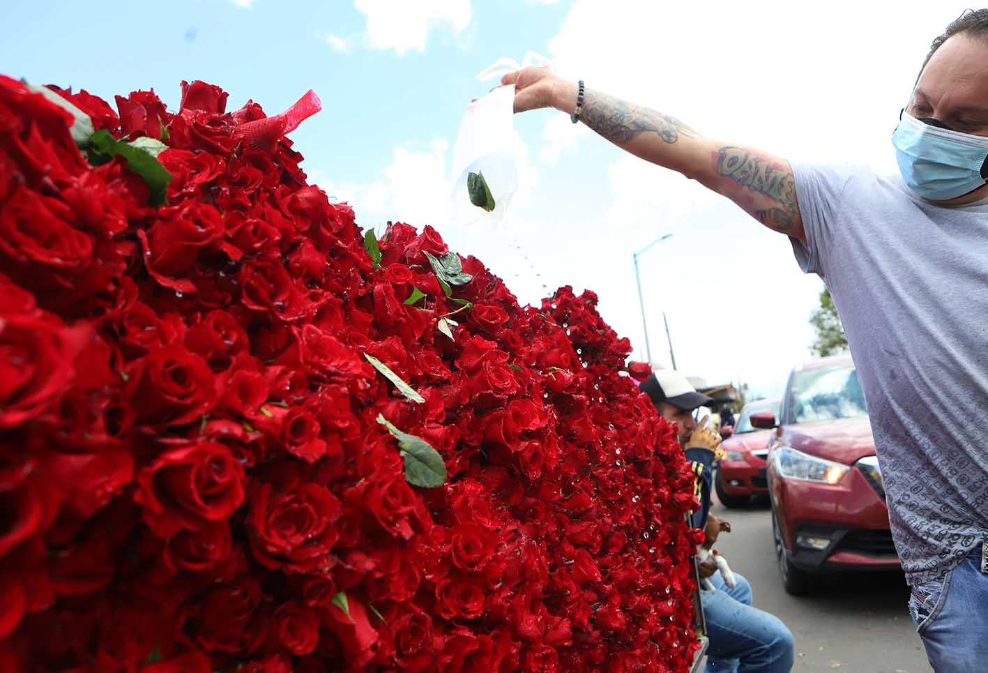 Día de la Madre: vendedores de flores en Bogotá aumentaron sus ventas | RCN Radio