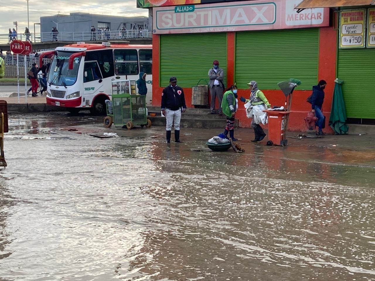 Inundación en el barrio Quintanares en Soacha, Cundinamarca