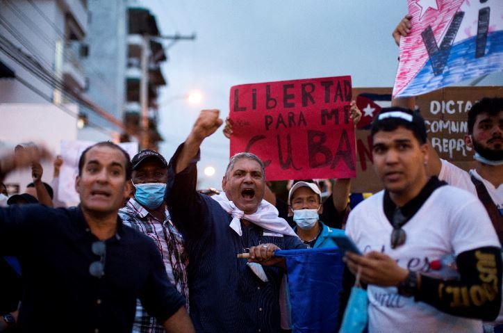 Protestas en Cuba: Confirman la primera muerte   RCN Radio
