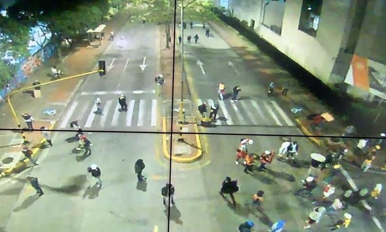 En disturbios finalizaron las fuertes protestas en Bucaramanga | RCN Radio