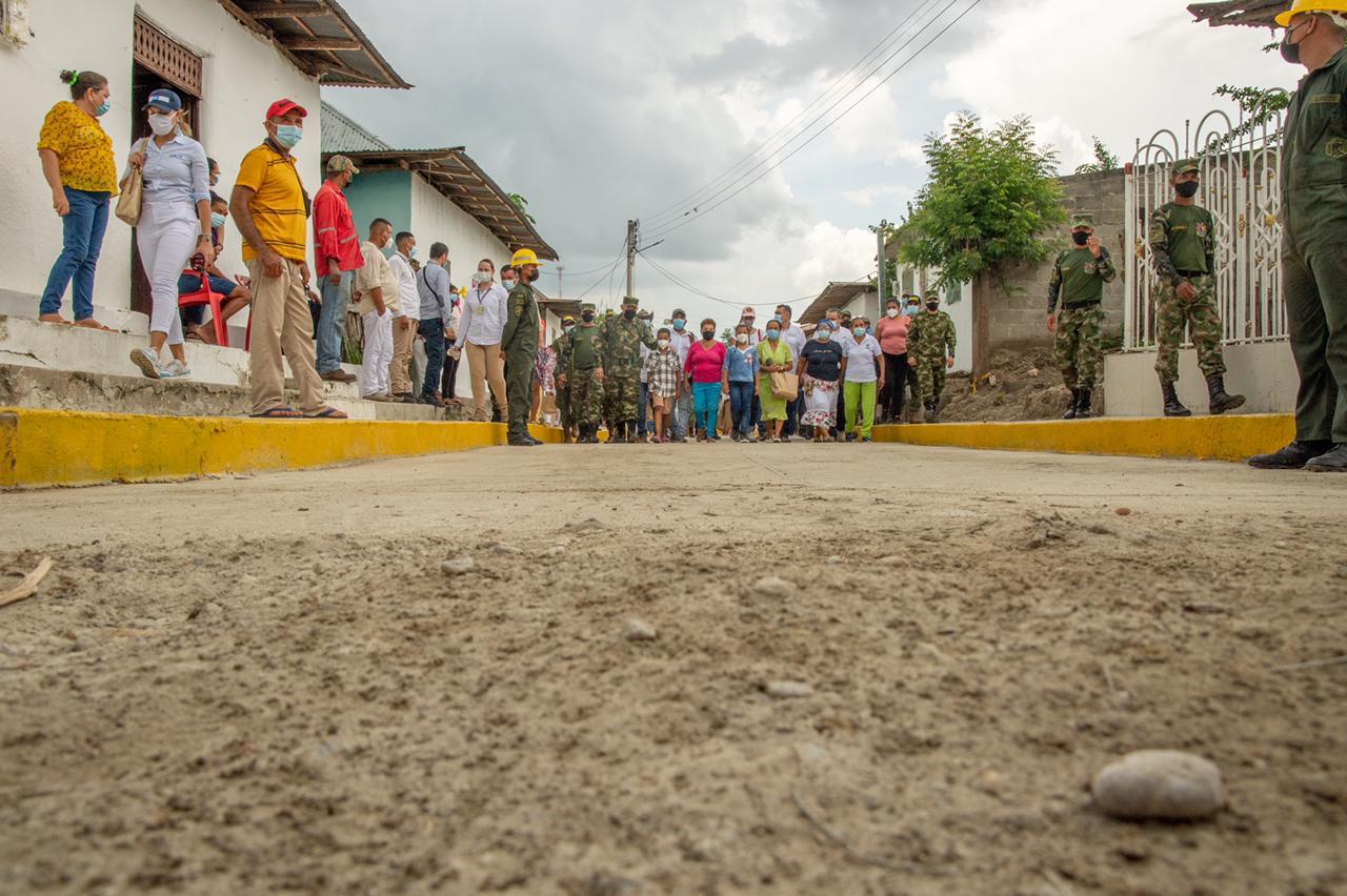 trabajo de infraestructura en El Salado Bolívar