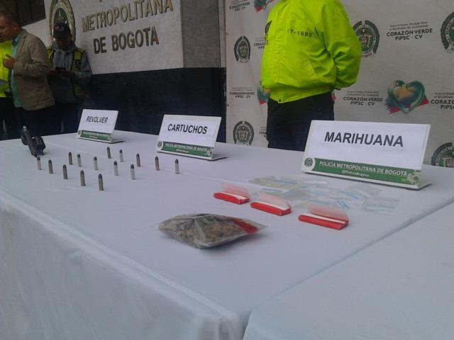 Marihuana cartuchos revolver Policia